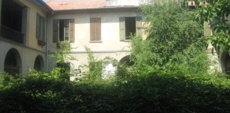 Villa De' Rosales a Buscate: la facciata
