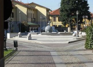 Bar e piazza del Popolo Arluno