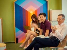Părinții antreprenori români își susțin și încurajează copiii să devină oameni de afaceri