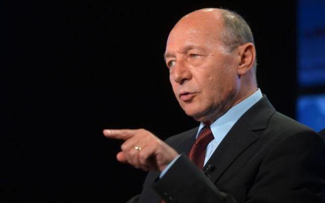Traian Băsescu, despre Preafericitul Daniel şi Preacondamnatul Dragnea