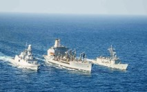 ITS-Carabiniere-and-ESPS-Victoria-refuelling-from-USNS-Laramie-