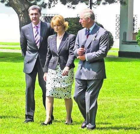 Principele Radu Duda (stânga), soțul Principesei Margareta, și Prințul Charles