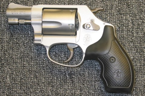 Classifieds – Smith & Wesson 637, .38 SPL., 1-7/8″ Barrel, Rubber Grips, SA/DA, Stainless, Excellent Condition: $319