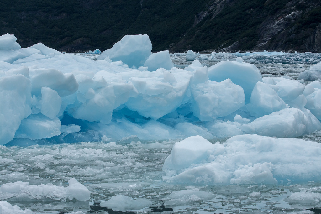 Ice bergs photo