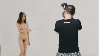 Photoshoot Kasama si Nude Girl para sa Magazine