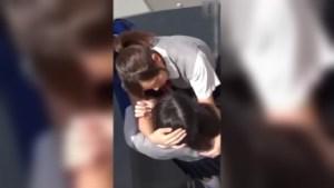 Hulicam Sex ng Dalawang Lesbian na Maganda sa Rooftop