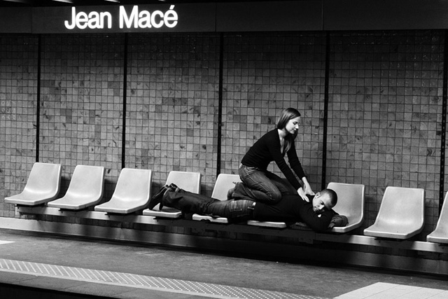 janol-apin-sola-photo-photographe-station-metro-scene-humour8