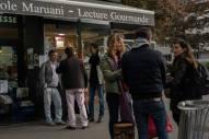 Extérieur de la librairie Maruani pendant la dédicace de Céline Flory