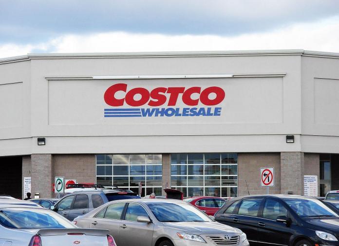 Costco Wholesale Corporation (NASDAQ:COST)