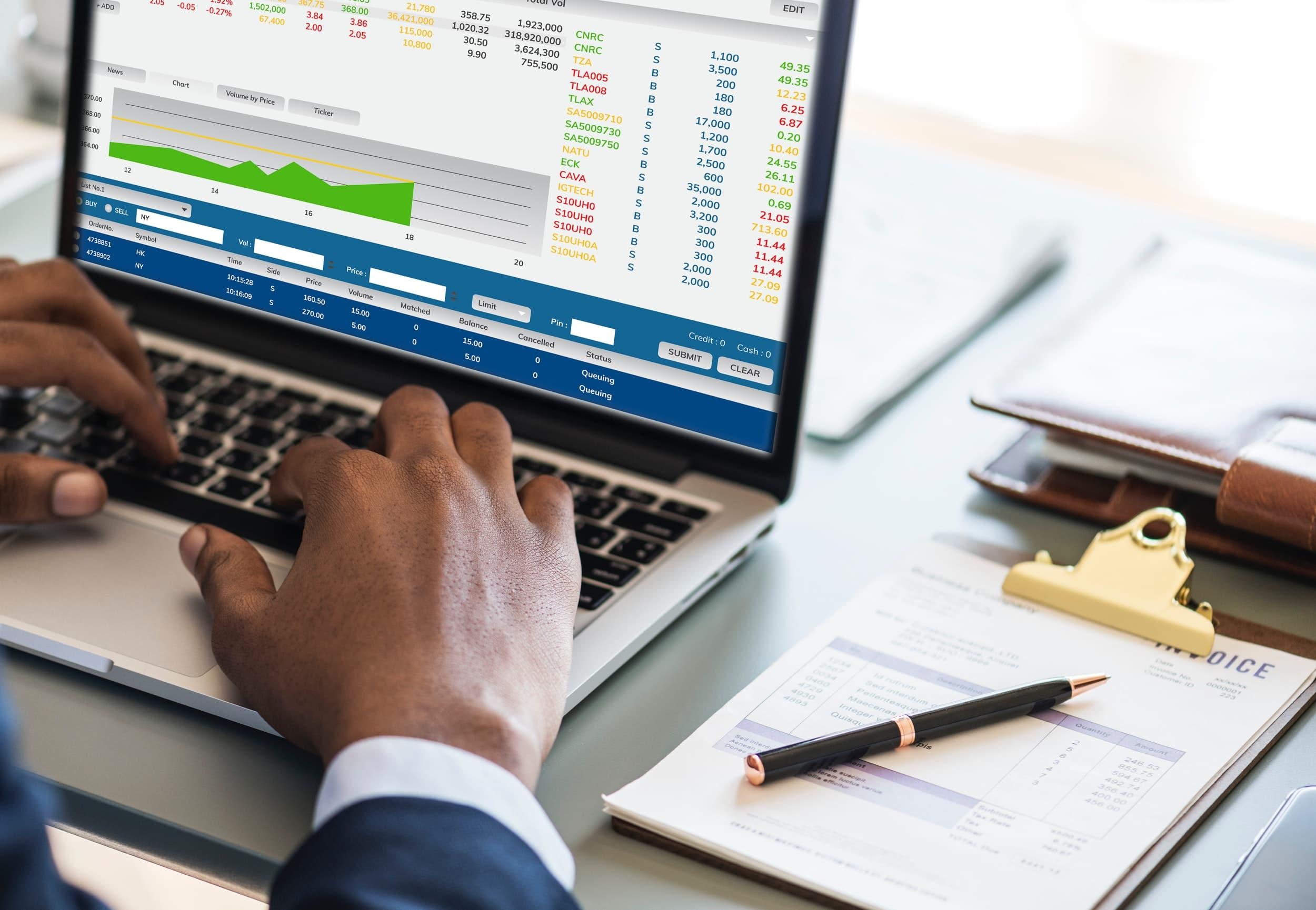 Vérifier vos comptes bancaires régulièrement