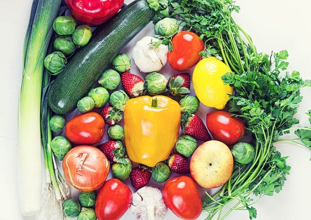 Frutas y verduras variadas - Virginia García