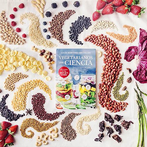 Libro Vegetarianos Con Ciencia de Lucía Martínez (www.DimeQueComes.com)