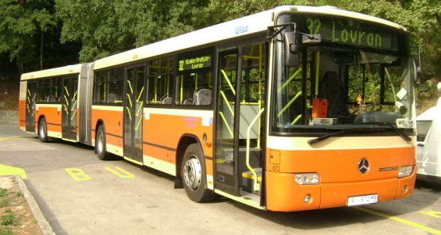bus-autotrolej-32