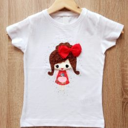 camiseta manga corta con muñeca relieve hecho a mano