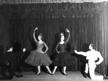 1963-CARMEN-sala Lubov Tchernicheva(estudi Magriñá)-C. Guinjoan, Asun. Aguadé, Alfonso Rovira, Albert Tort