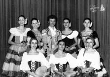 1976-01-29-LA TRAVIATA-Maite Casellas, Mercè Núñez, José Antonio Flores, Marta Guerrero, Isabel Rincón, Mercè Casas, Montse Freixas, Anna Parcerisas
