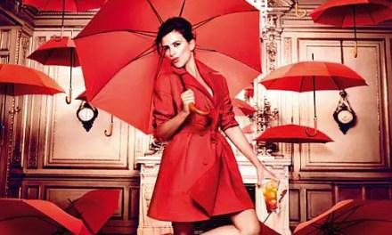 Penelope Cruz estrella del Calendario Campari 2013