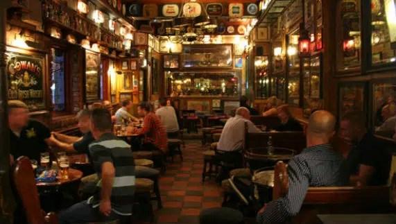 Los Pub mejoran la salud y las amistades
