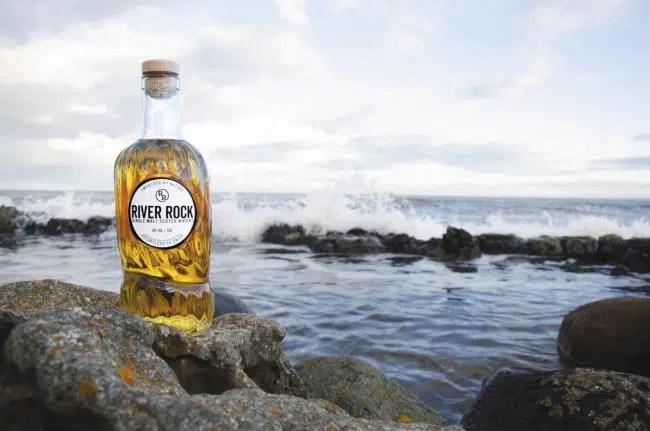 A River Rock single malt Scotch whisky se le ha «prohibido» anuncio de campaña «irresponsable»