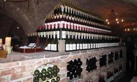 Carlton McCoy: Proyecto de vino Napa y sala de degustación en 2021