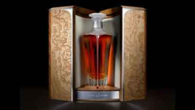 El whisky Midleton Very Rare Silent Distillery Collection Chapter Two