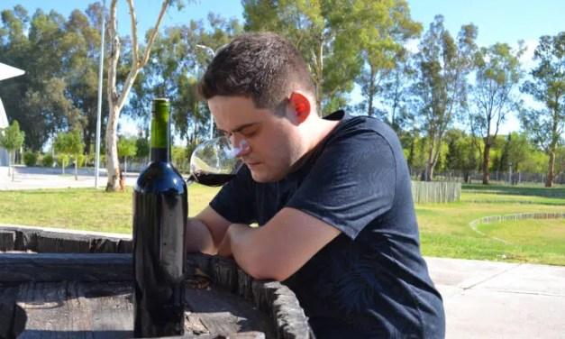 """Emiliano Sosa (enólogo argentino): """"La vida del viñatero no es fácil, es una vida llena de desafíos"""""""