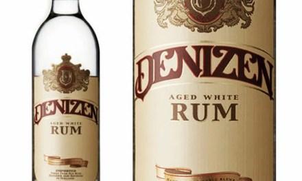 Ron blanco añejado Denizen combina lo mejor de 3 naciones