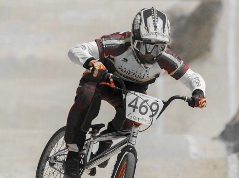 Riders from two continents give life to the BMX Cup in Venezuela
