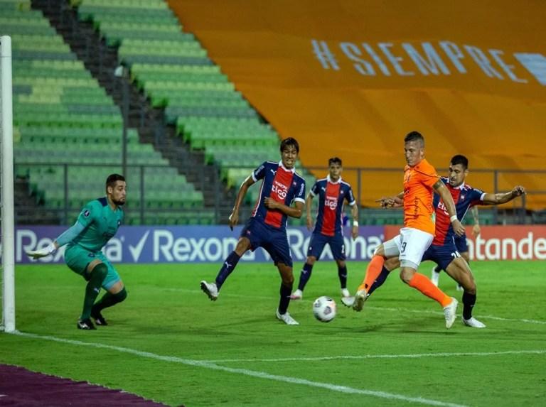 La Guaira complicó sus aspiraciones en la Libertadores