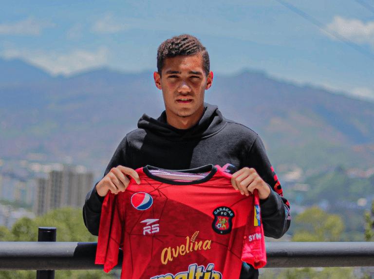 Noel Alejandro Sanvicente firmó con el Caracas FC