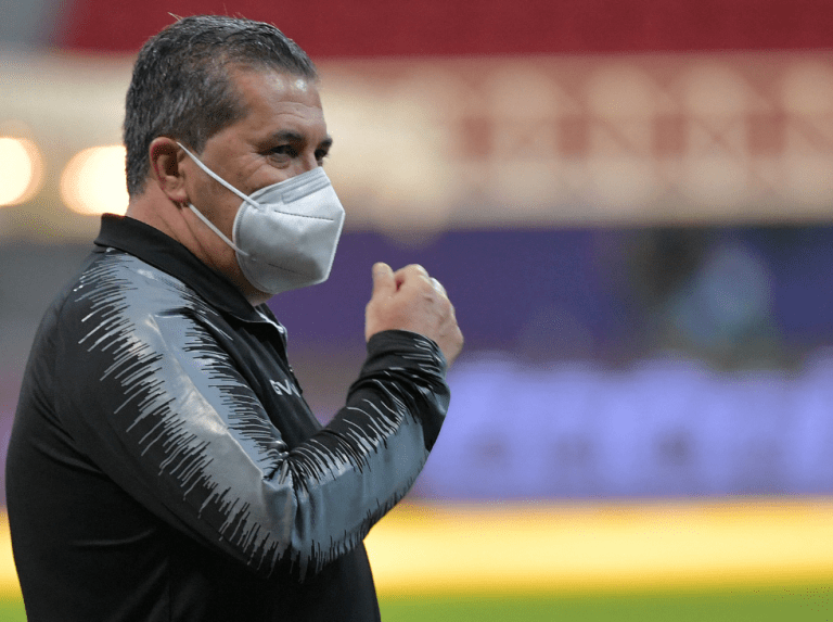 Game vision | José Peseiro healed old wounds