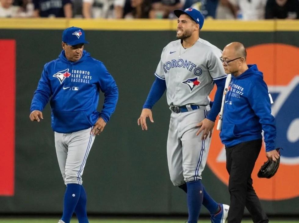 Springer regresa a la lista de lesionados de Azulejos