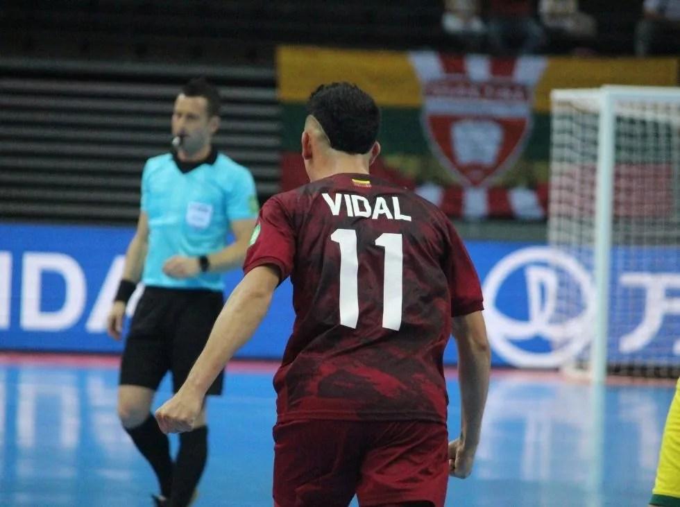 Vidal entre fe y pandemia lidera a Vinotinto Futsal