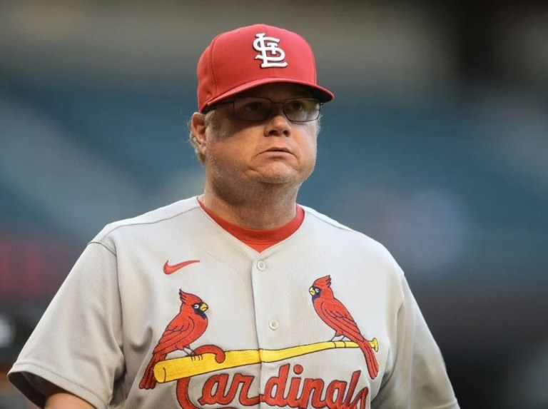 """Cardinals fire manager Shildt over """"differences"""""""