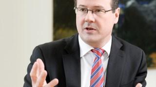Wirtschaftsminister Thomas Zwiefelhofer. (Foto: Regierung)