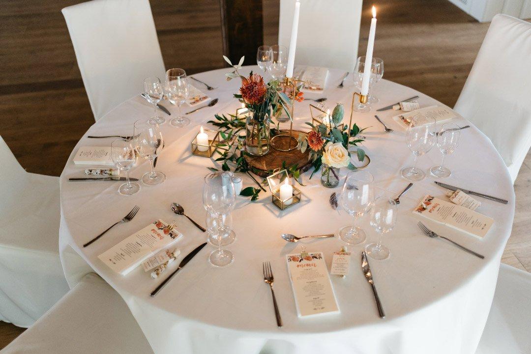 Beispiele fr Blumen auf runden Tischen fr die Hochzeit