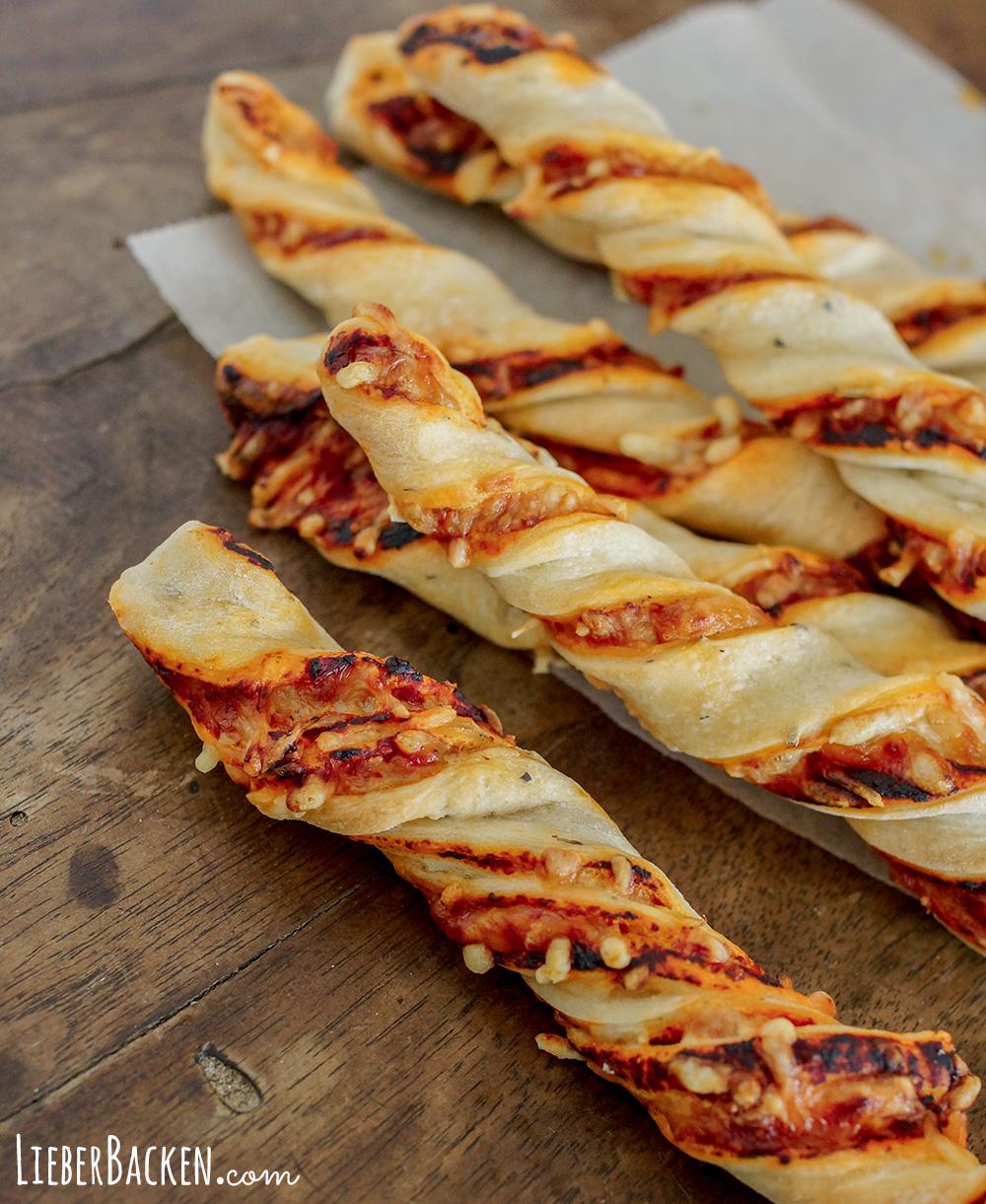 Fingerfood Rezept: Pizzastangen