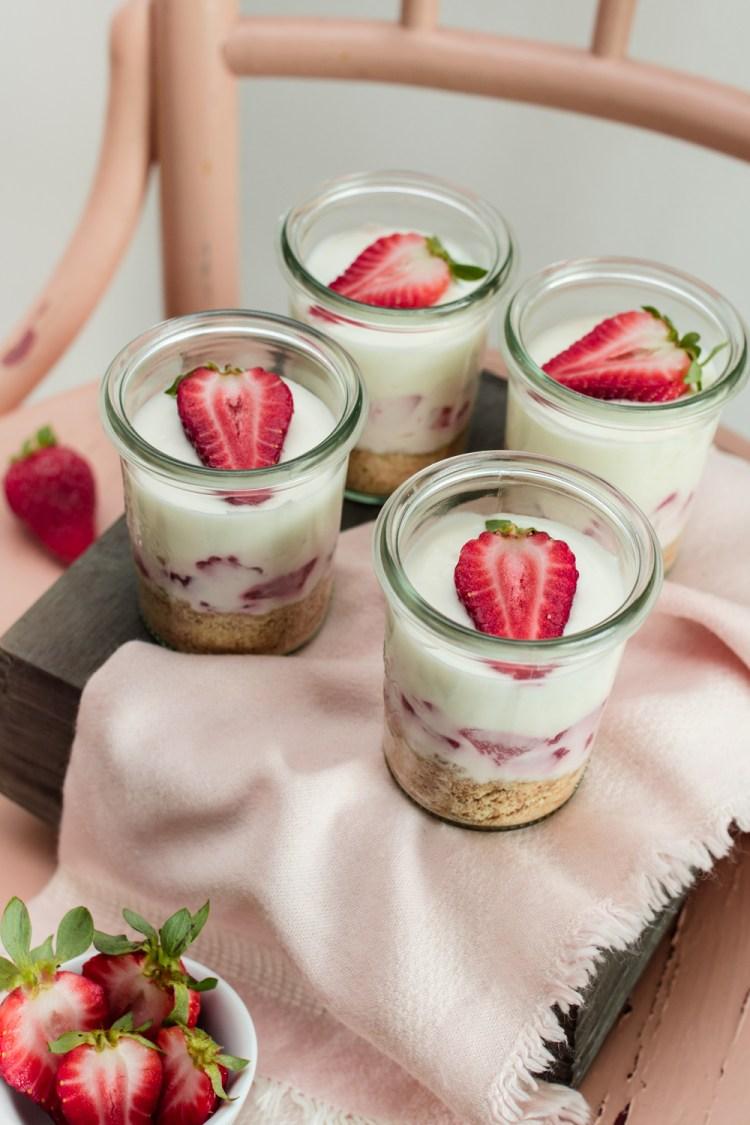 Erdbeer-Zitronen Cheesecake im Glas-3