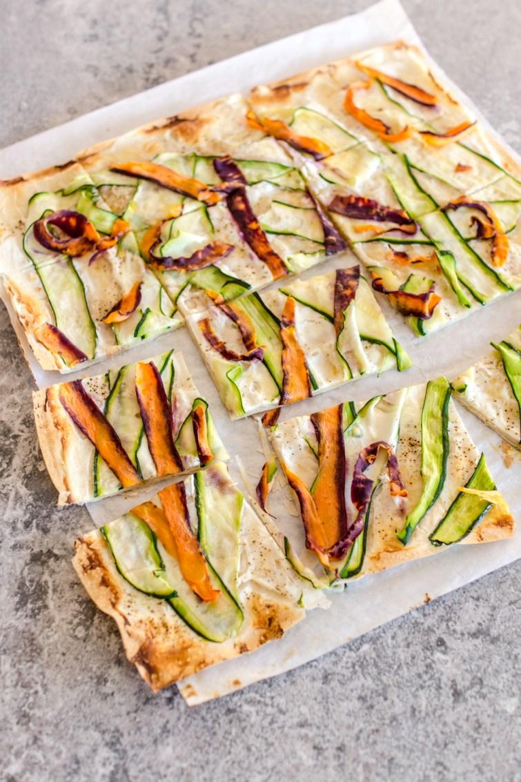 Knusprige Pizza aus Filoteig