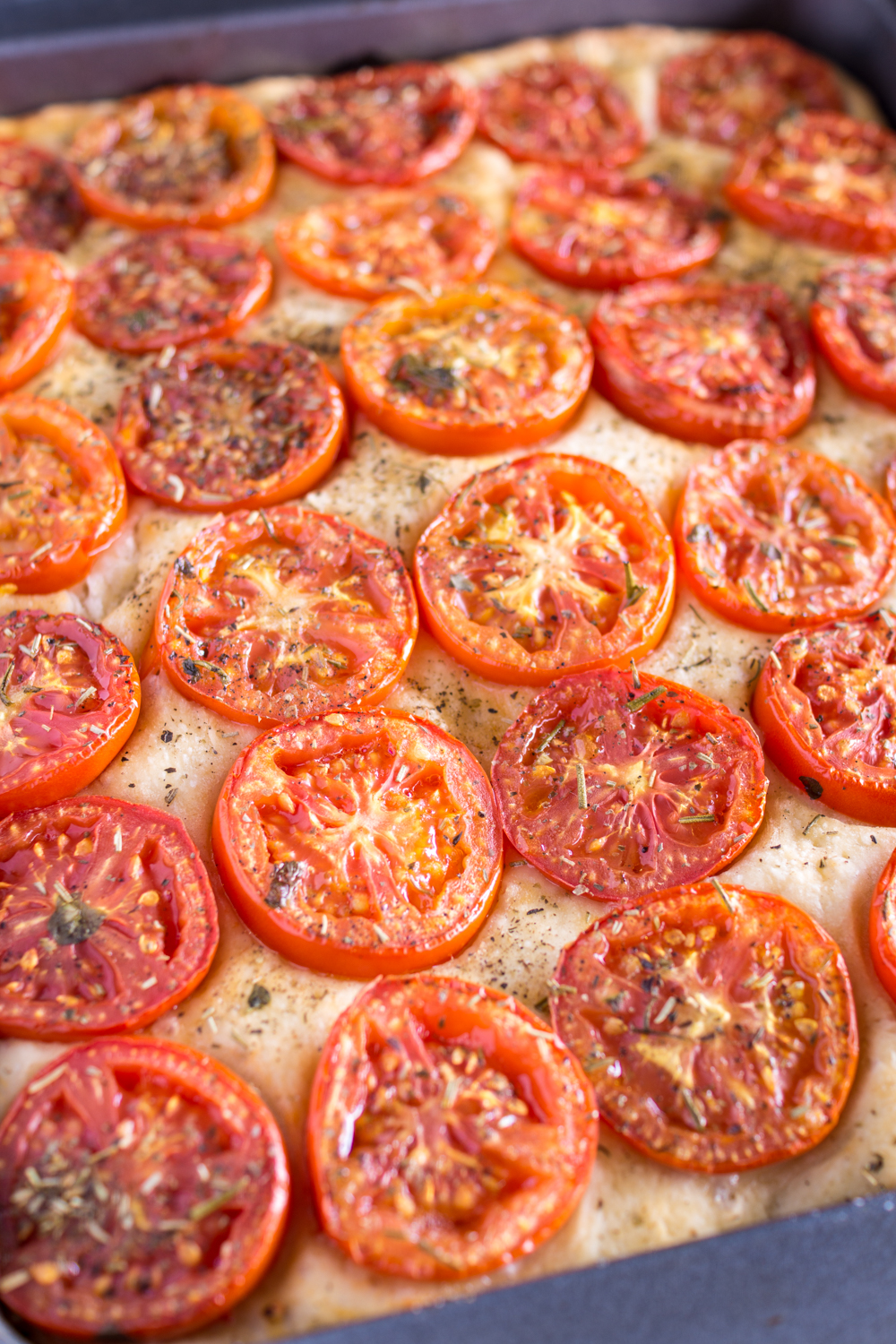 "Tomaten-Focaccia ""in the making"" - leckeres Fingerfood-Rezept"