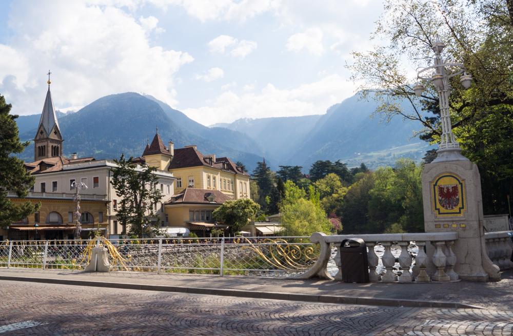 Postbrücke in Meran - Tipps für einen tollen Urlaub in Südtirol