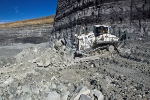The new Liebherr crawler tractor PR 776 is suitable for mining and quarry operations