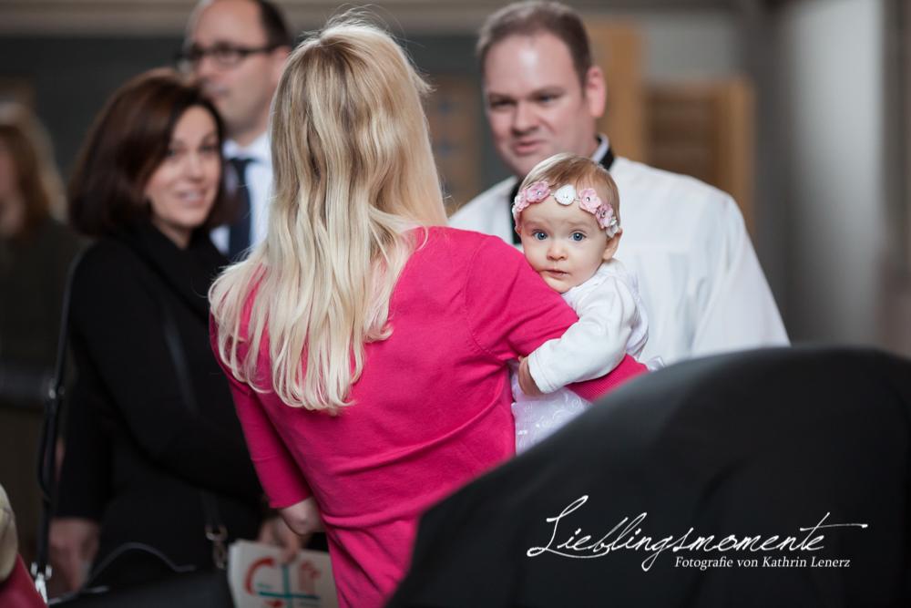katholische Taufe in Ratingen  Lieblingsmomente