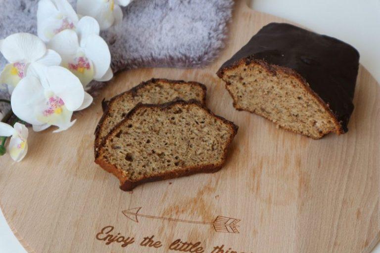 bananen vijgen brood overgoten met chocola