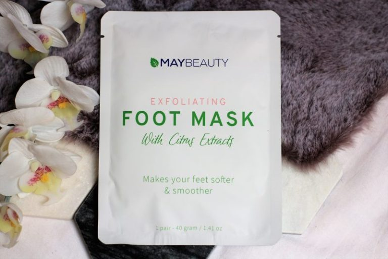 MayBeauty Exfoliating foot mask with citrus extracts