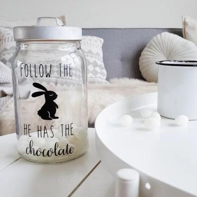 Follow the bunny sticker paaseieren pot