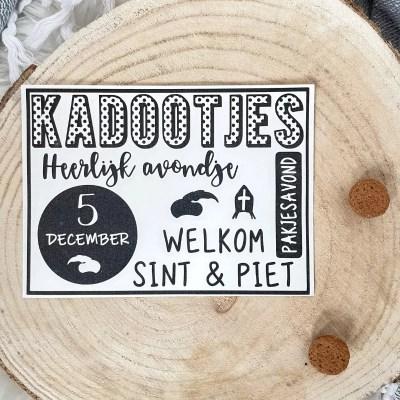 Stickervel Sinterklaas decoratie maken