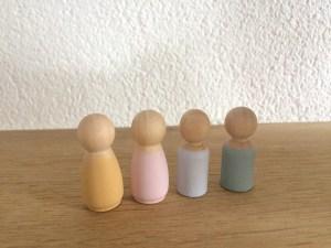 Houten poppetjes kinderen - liefsvanlauren.nl