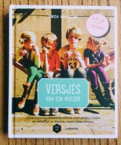 Versjes van een moeder, Lentezoet, boek met gedichten -liefsvanlauren.nl