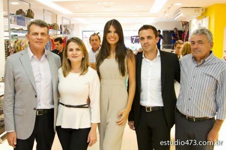 1 - Familia Catao com a Miss RN Foto Estudio 473